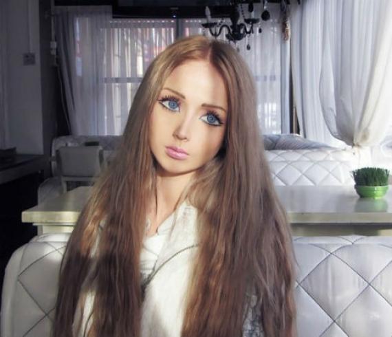 Валерия Лукянова - въплътената кукла Барби.