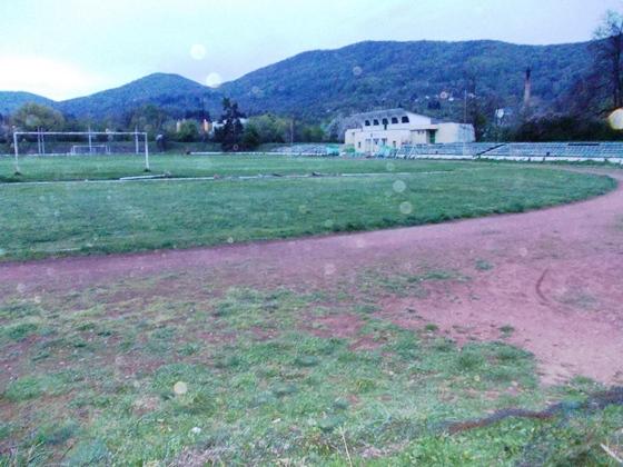 Futbolen_stadion_Balkan_Botevgrad