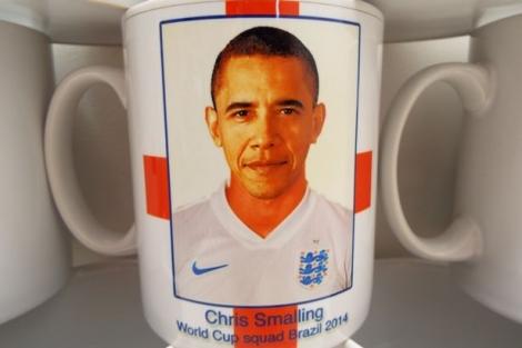Barack_Obama_cup_tea