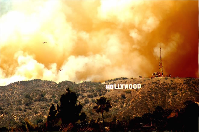 Hollywood_sign_fire