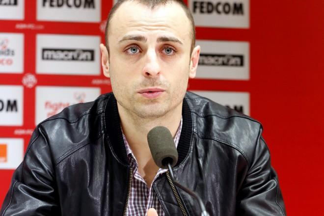 Димитър Бербатов при представянето си като нов играч на френския Монако