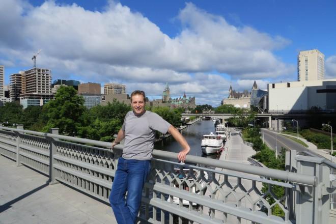 Иван Попиванов живее в Канада от 15 години. Спомен от Отава.