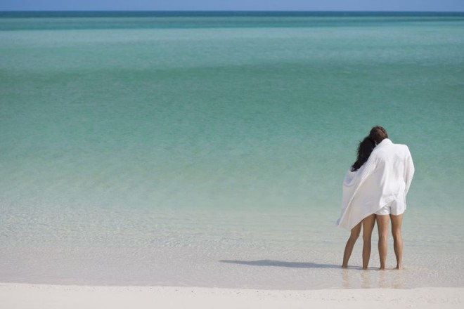parrotcay_gallery_Couple-on-the-Beach