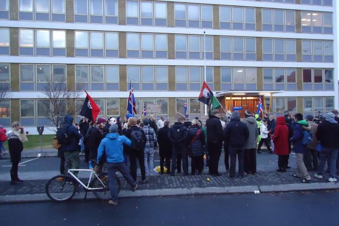 1 Исландия