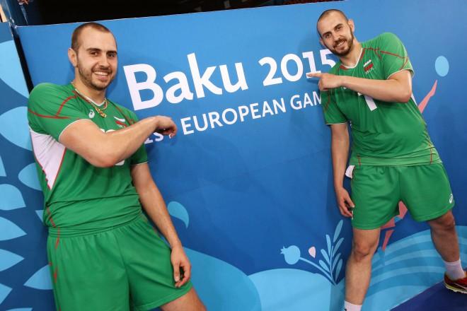 Валентин (вляво) и Георги Братоеви в Кристалната зала в Баку.