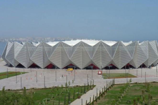 В Кристалния дворец волейболните отбори на България при мъжете и жените ще се опитат да печелят ценни точки за европейските ранглисти.