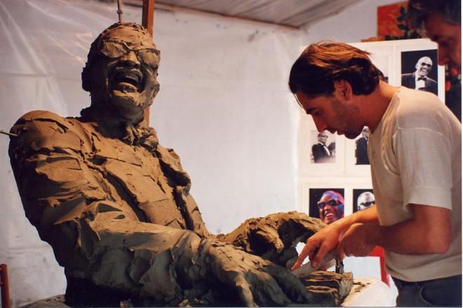 Скулптурата на Рей в Монтрьо