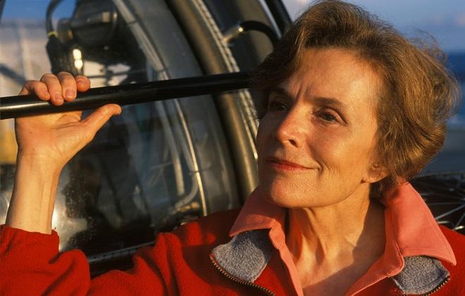 Dr. Sylvia Earle next to the Deep Rover sub.