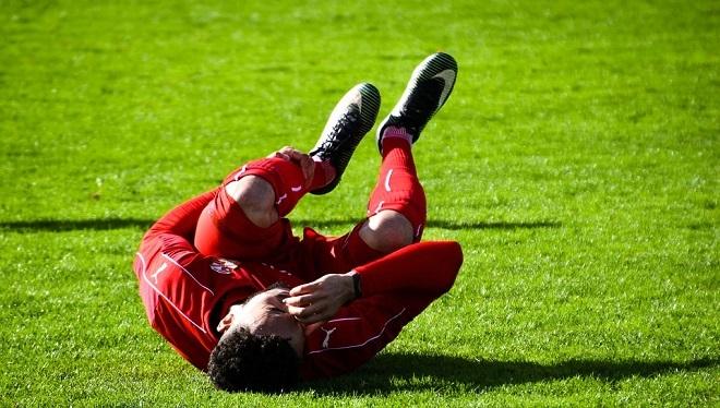 Swindon Town Football Pain Injury Soccer Boo
