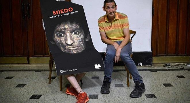 """С пиесата си """"Страх"""" в Буенос Айрес"""